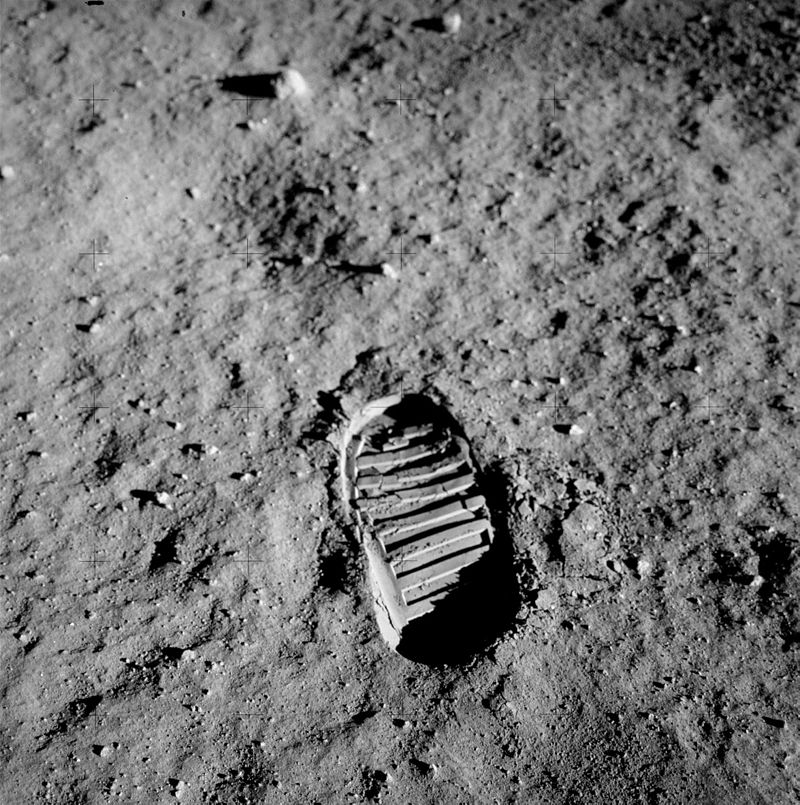 Photo taken of a footprint during the Apollo 11 mission. (NASA / Buzz Aldrin - NASA; original upload; ALSJ (AS11-40-5877))